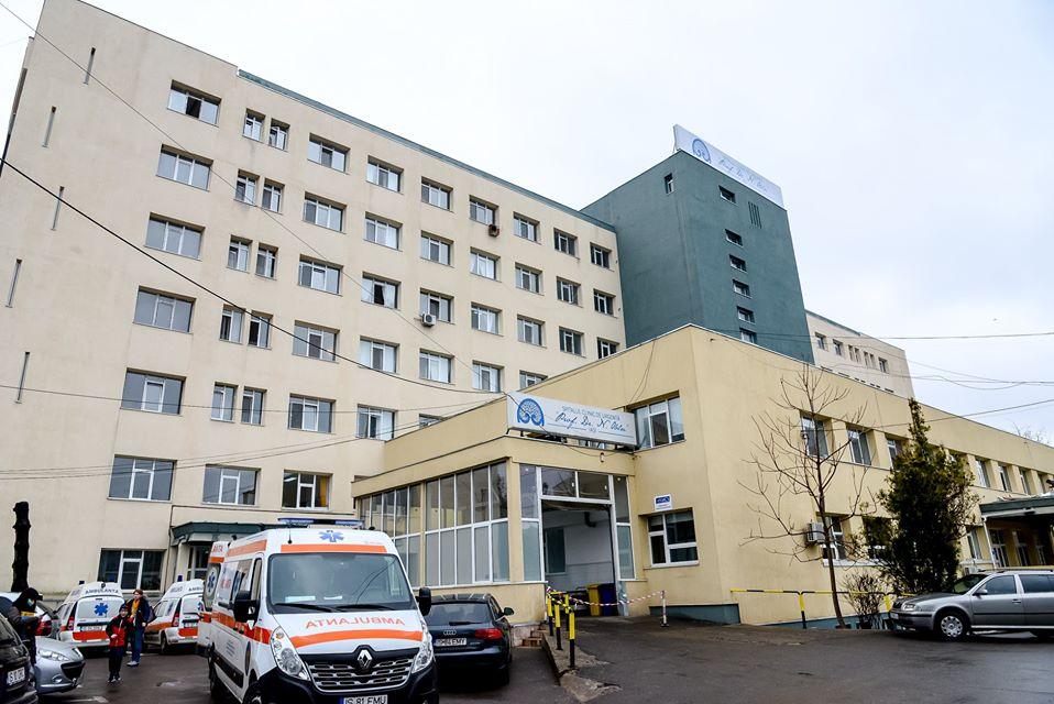 Zece asistente medicale de la Spitalul de Neurochirurgie au fost depistate pozitiv cu COVID-19
