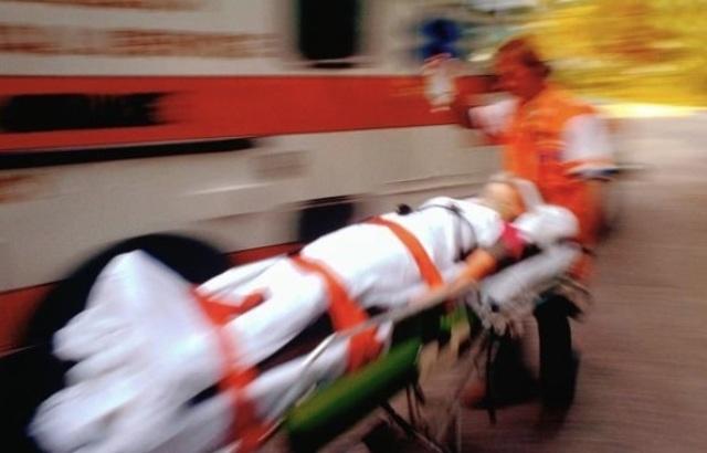 Un ieșean a rămas fără degetele de la o mână după un accident cumplit