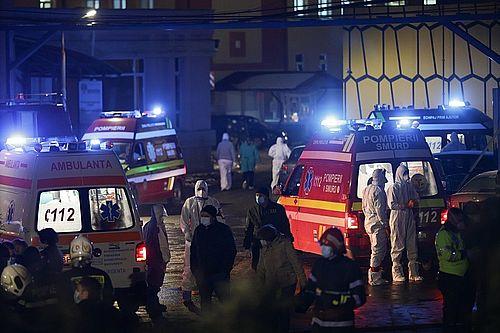 Incendiu la Institutul Matei Balş - Patru persoane au decedat, trei fiind carbonizate / 53 de pacienţi, transferaţi la 11 spitale/ A patra victimă, o femeie de 80 de ani, cu arsuri pe 20% din suprafaţa corpului / A fost deschis dosar penal - FOTO