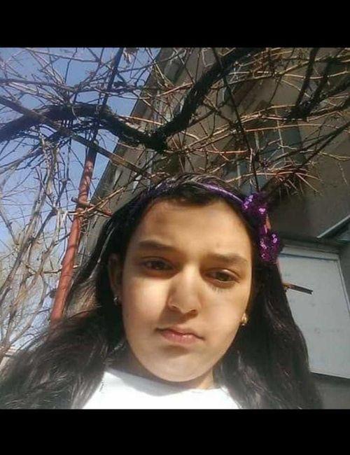 Poliţia Capitalei cere sprijinul pentru depistarea unei fete de 11 ani care a plecat sâmbătă de la o adresă din Sectorul 4 şi nu a mai revenit