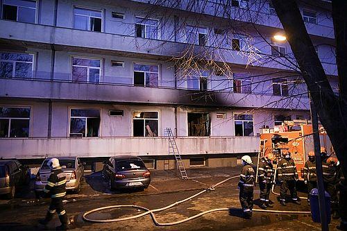 UPDATE - Incendiu la Institutul Matei Balş - O pacientă cu COVID-19, din pavilionul în care s-a produs incendiul, a decedat