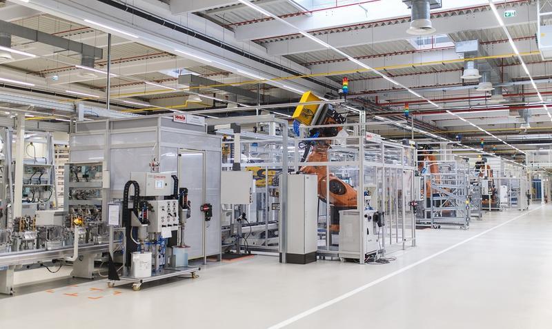 Daimler cere conexiuni feroviare către fabrica din Sebeș. În anii trecuți Dacia și Ford au implorat autoritățile să modernizeze calea ferată, dar fără succes