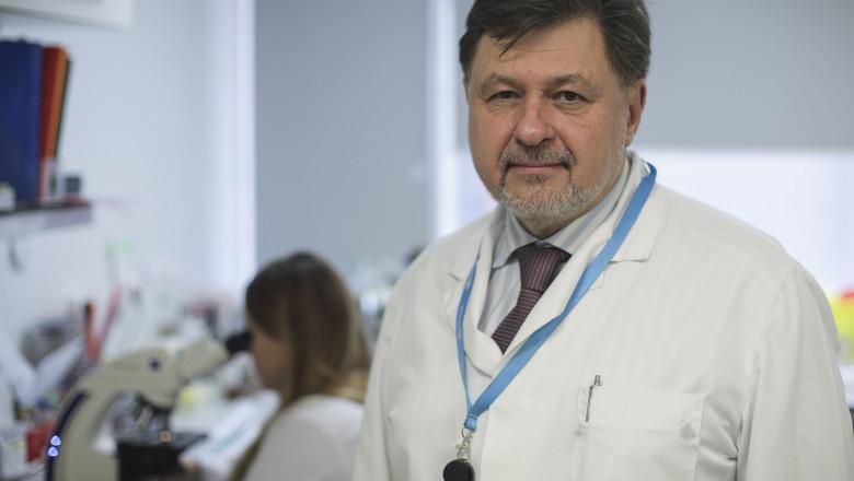 """""""Începutul școlii se va vedea după 10-15 zile"""" Alexandru Rafila"""