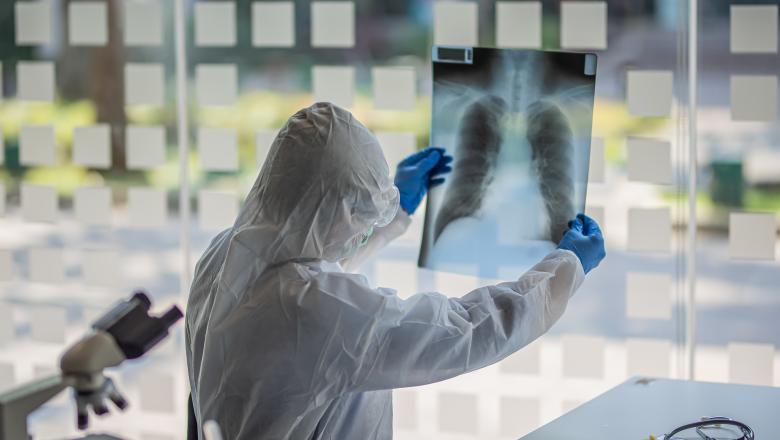 """Noul tratament de succes pentru pacienții cu COVID-19 testat la Timișoara. Musta: """"Important este să fie administrat precoce"""""""
