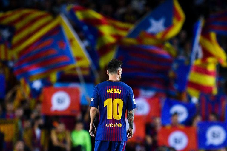 CUTREMUR în fotbalul mare! Final de telenovelă: Nike îl aduce pe înlocuitorul lui Messi la Barca! Numărul 10 şi un salariu fabulos