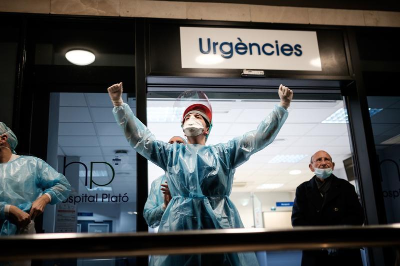 Coronavirus în Spania: Bilanțul scade la 517 morți în 24 de ore