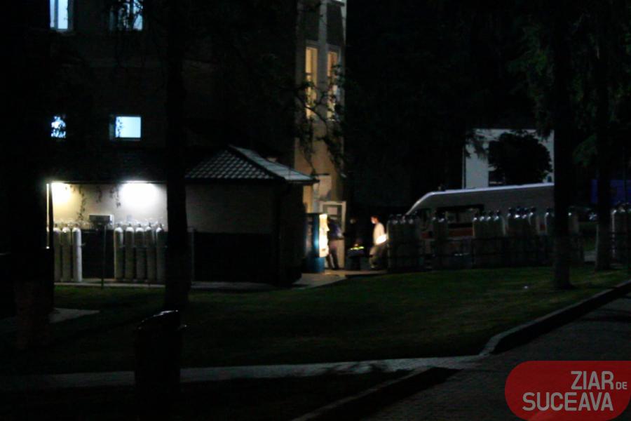 UPDATE VIDEO 31 de călugări de la Mănăstirea Putna au ajuns la miezul nopții la Spitalul Județean Suceava fiind infectați cu coronavirus