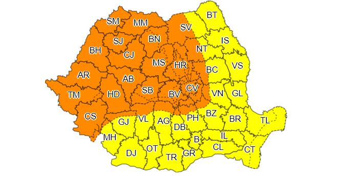 Codul galben de vreme rea, prelungit până duminică la ora 10.00, fiind vizată întreaga ţară/ În Banat, Crişana, Maramureş, Transilvania şi zona montană, joi, este cod portocaliu