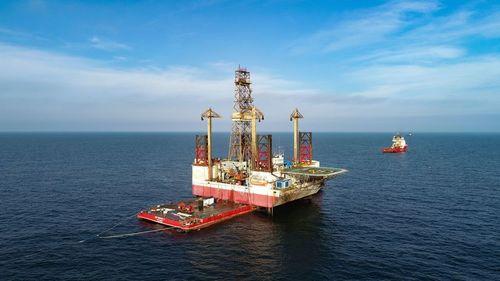 OMV Petrom estimează un preţ mediu al ţiţeiului Brent de 40 dolari pe baril în acest an