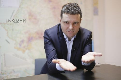 Mai mulţi parlamentari PSD au depus un denunţ la DNA împotriva lui Nicuşor Dan pentru comiterea unor fapte de şantaj, trafic de influenţă şi luare de mită. Reacţia lui Nicuşor Dan | DOCUMENT