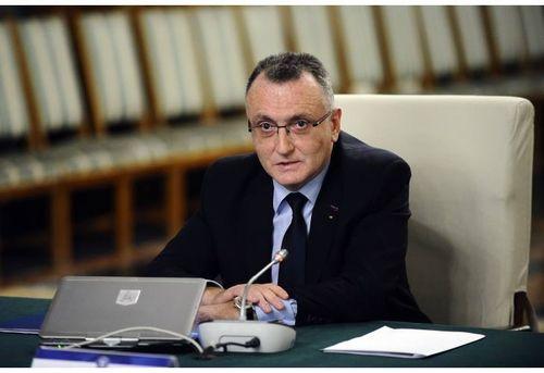 Sorin Cîmpeanu: Până pe 10 martie, numărul celor vaccinaţi din rândul cadrelor didactice va ajunge la 50% şi la 35% din tot personalul din învăţământ