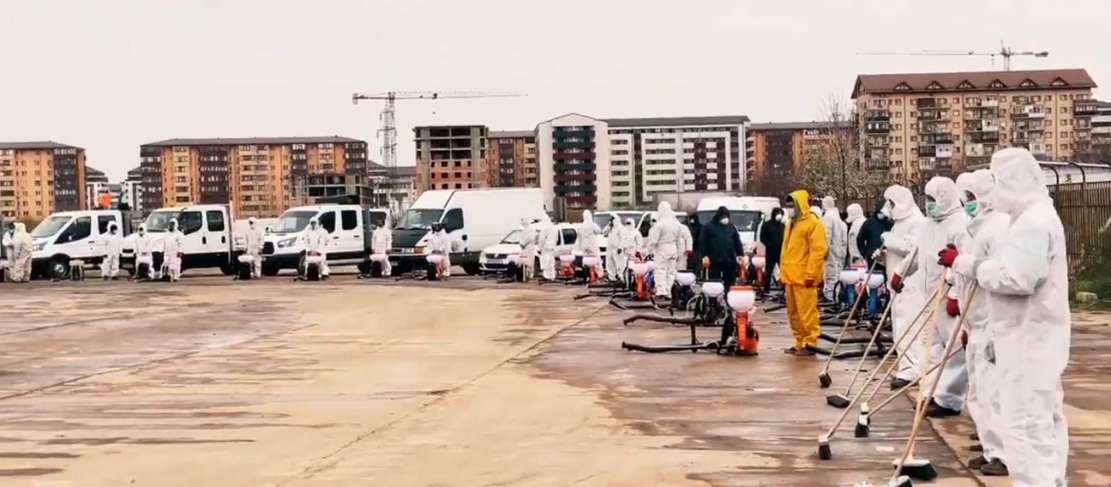 În sectorul 6, străzile se dezinfectează cu elicopterul