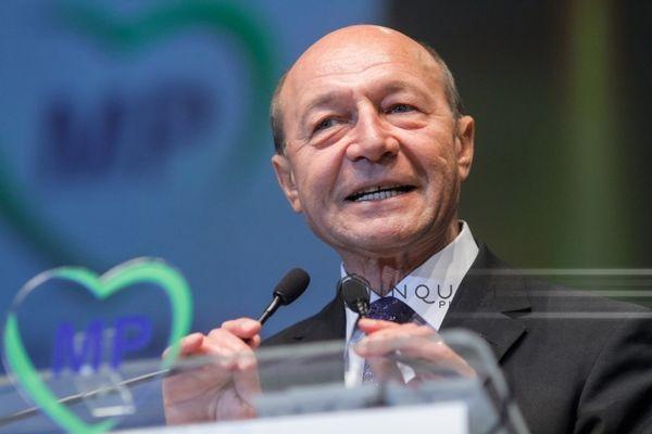 Traian Băsescu: Creşterea pensiilor cu 40% este o aberaţie. În situaţia actuală nu este posibil