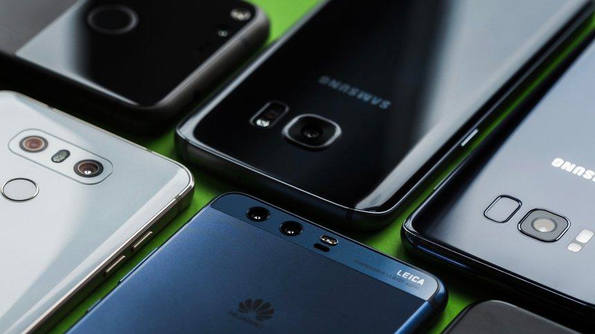 Piaţa smartphone-urilor a scăzut cu 20% în primul trimestru