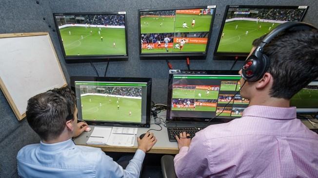 Premier League recunoaşte trei erori ale VAR la meciurile de joi