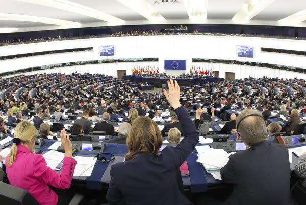 Parlamentul European vrea ca 50 de miliarde de euro să meargă, în următorii șapte ani, în investiții în sistemul medical din Europa