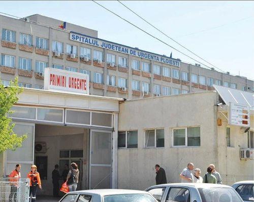 Scandal în faţa Spitalului Judeţean Ploieşti provocat de rudele unui pacient internat. La faţa locului au intervenit trupele speciale ale Poliţiei