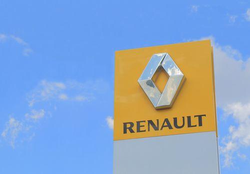 Renault va opri producţia de automobile la fabrica Flins de lîngă Paris, care va fi transformată în centru de cercetare, reciclare şi reparaţii