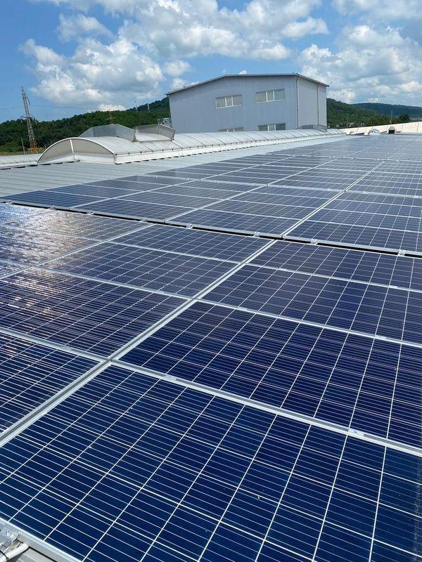 E.ON a construit o centrală electrică fotovoltaică în Parcul Industrial TeraPlast Bistriţa, un proiect de circa 1,9 milioane euro