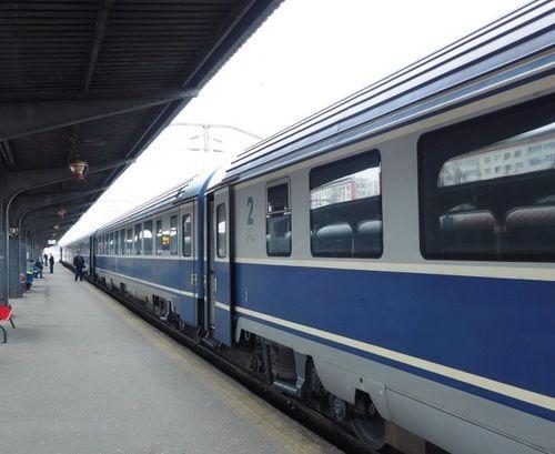 Trafic feroviar cu dificultăţi în zona de sud a ţării, din cauza căderilor de zăpadă