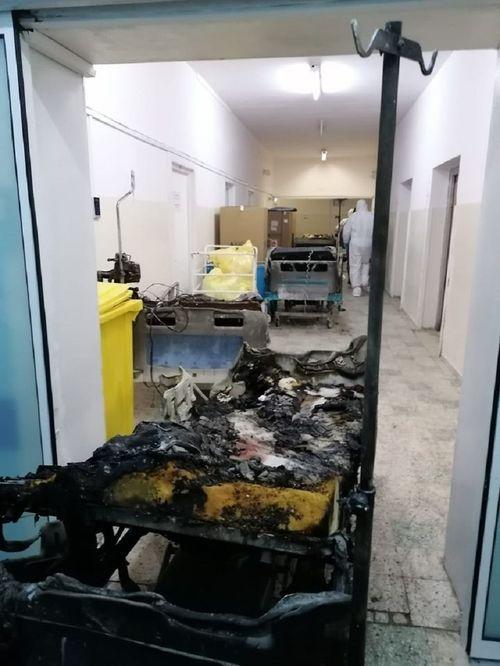 Incendiul de la Spitalul Judeţean Piatra Neamţ - Şapte bărbaţi şi trei femei cu vârste cuprinse între 67 şi 86 de ani şi-au pierdut viaţa