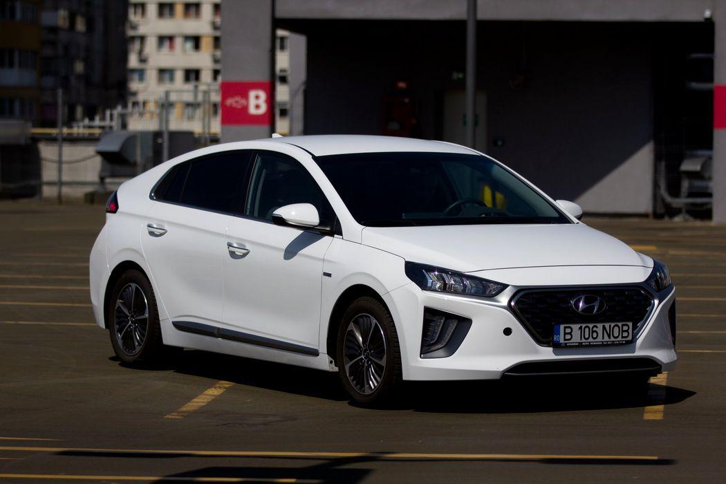 Test drive Hyundai Ioniq Hybrid Plug-In: Rețeta corectă