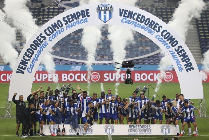 FC Porto a devenit campioana Portugaliei după ce a învins echipa Sporting, cu 2-0