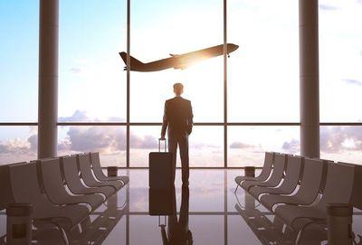 """Cea mai mare asociaţie a companiilor aeriene din Canada se declară """"frustrată"""" de noile reguli de testare COVID impuse de guvernul federal. Oricine călătoreşte în Canada cu avionul din 7 ianuarie trebuie să prezinte un test negativ PCR pentru COVID-19"""