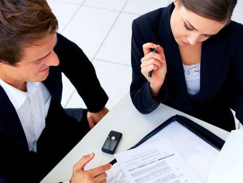 Procedura pentru acordarea eşalonării la plată simplificate a fost publicată în Monitorul Oficial. Cererea de eşalonare la plată se soluţionează în cel mult cinci zile de la data depunerii