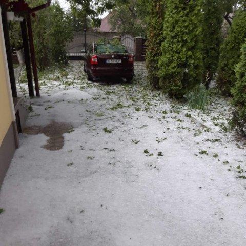 Ploile au făcut prăpăd în mai multe localităţi din Iaşi