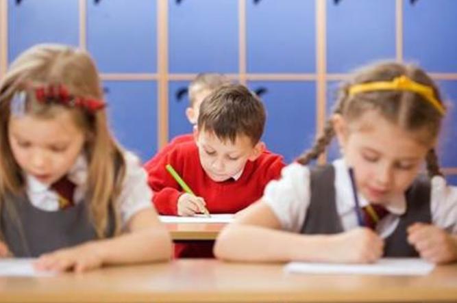 Selecţia pentru clasa a V-a va fi decalata pana dupa finalizarea evaluarii nationale