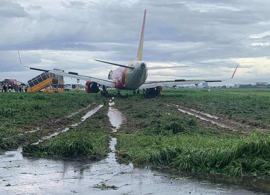 Un avion a ieşit de pe pistă la aterizare, la Ho Chi Minh. Nimeni nu a fost rănit