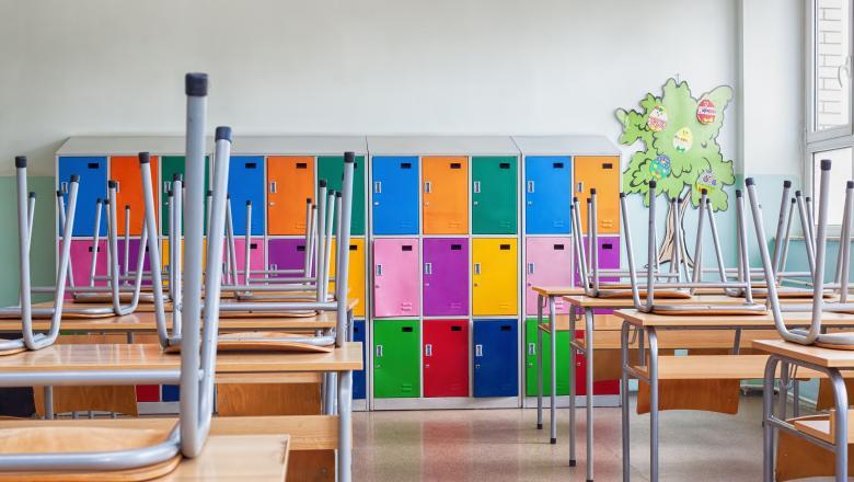 Surse: Toate școlile din România vor fi închise pentru o săptămână începând de miercuri, cu posibilitatea de prelungire a măsurii