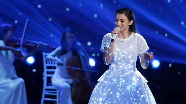 """Laura Bretan cântă pentru copiii cu dizabilități din Centrele """"Star of Hope Romania"""""""