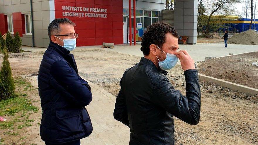Laborator Covid-19 la Bacău. Doi medici rezidenți vor fi detașați de la Iași