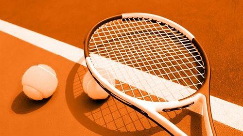 Federaţia Australiană de Tenis susţine că toate turneele din ianuarie vor avea loc la Melbourne, însă autorităţile afirmă că nu e stabilit nimic