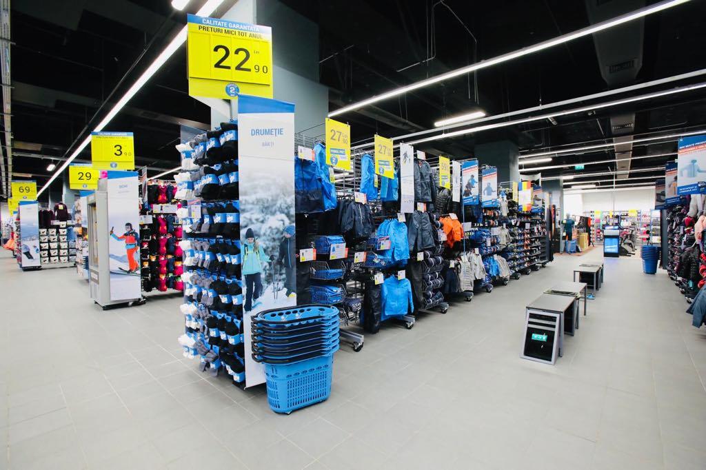 Vești bune pentru iubitorii de sport. S-a redeschis magazinul Decathlon Iași!