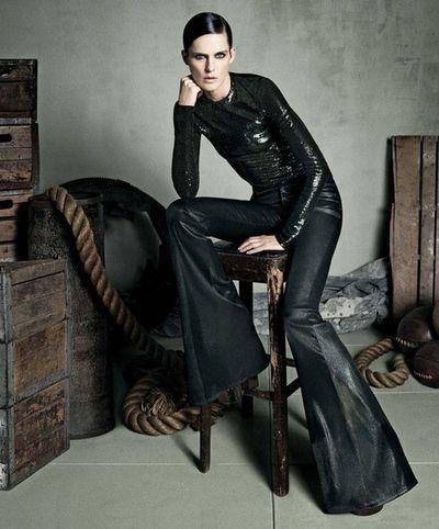 Manechinul Stella Tennant, verişoară a prinţesei Diana şi muza lui Karl Lagerfeld, a murit la vârsta de 50 de ani