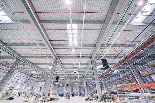 INS: Managerii estimează o creştere moderată a preţurilor în industria prelucrătoare, construcţii şi comerţul cu amănuntul, până în martie