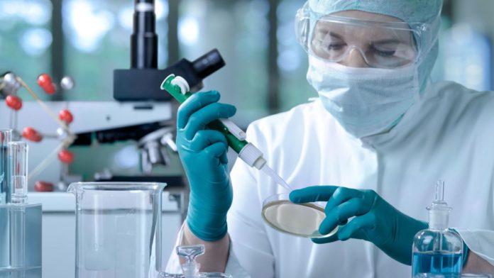 Ipoteză șocantă: coronavirusul Wuhan creat în laborator și folosit ca armă biologică