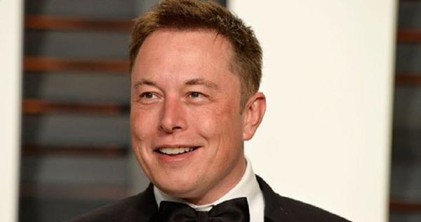 Elon Musk îl depăşeşte pe Bill Gates şi devine al doilea cel mai bogat om din lume după Jeff Bezos
