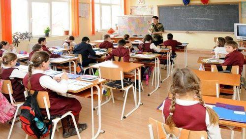 Arhiepiscopul Mitropolit de Bucureşti susţine necesitatea acordului părinţilor pentru orele de educaţie sexuală