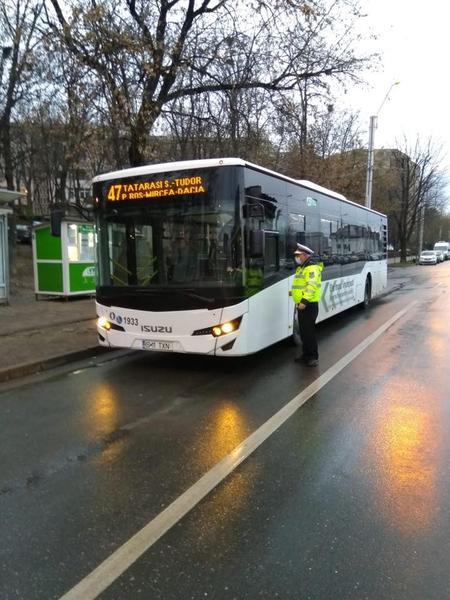 Coronavirus Autobuzele și tramvaiele din Iași, verificate de Poliție