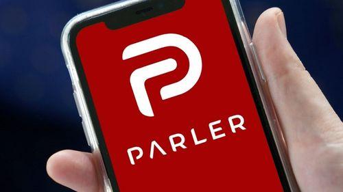 Google a suspendat reţeaua de socializare Parler din magazinul să de aplicaţii; Apple i-a dat termen de 24 de ore pentru un plan de moderare a conţinutului
