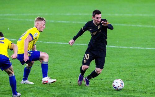 Eşec pentru FC Barcelona în LaLiga: scor 1-2 cu Cadiz / Golul catalanilor, de fapt un autogol