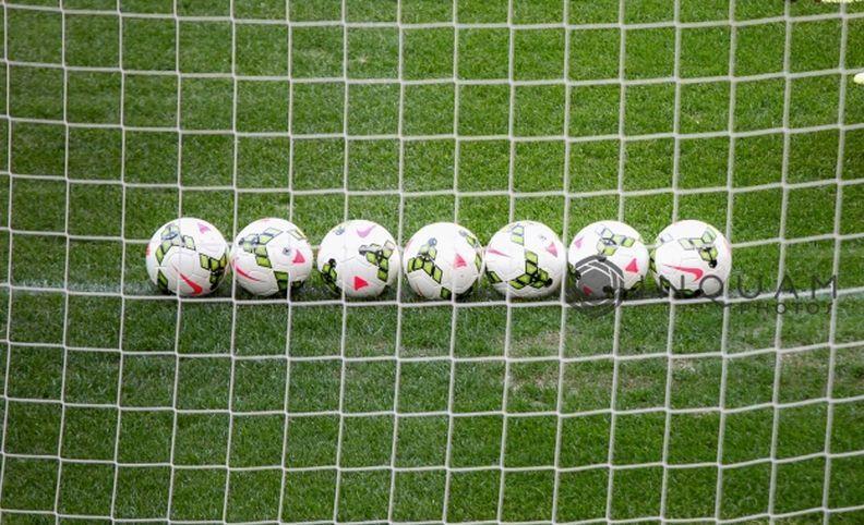 Fotbalul se reia, vineri, în Bulgaria, cu spectatori
