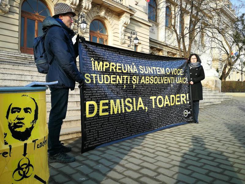Protest la Universitatea Cuza din Iași: Peste 1.000 de studenți au semnat o scrisoare prin care cer demisia lui Tudorel Toader din funcția de rector