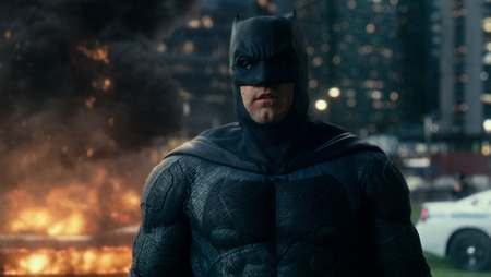 Ben Affleck va reveni în rolul Batman într-o producţie Warner Bros.