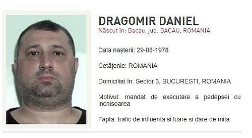 Fostul ofiţer SRI Daniel Dragomir, condamnat definitiv la la 3 ani şi 10 luni închisoare cu executare şi dat în urmărire, s-a predat la o secţie de poliţie din Bari