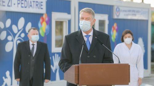 UPDATE - Iohannis, la Institutul Fundeni: Am ţinut să vin astăzi aici pentru a le transmite medicilor de terapie intensivă că efortul lor este apreciat şi, cel mai important, salvează vieţi/ Numărul de decese provocate de virus, în continuare prea mare